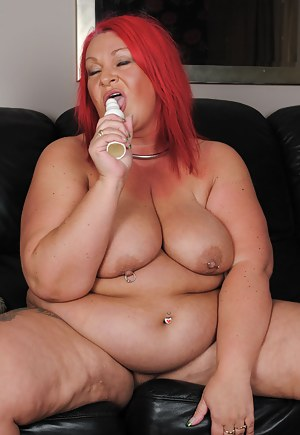 Free Saggy Tits MILF Porn Pictures