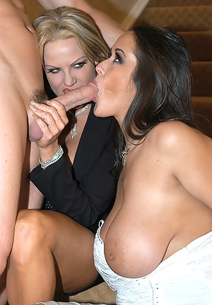 Free MILF Double Blowjob Porn Pictures
