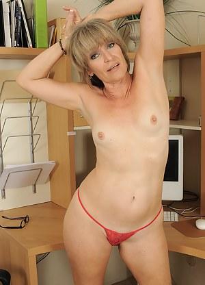 Free Mature MILF Porn Pictures