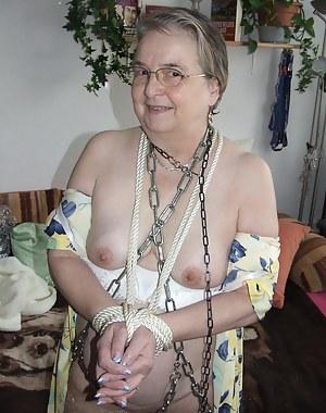 Free MILF Bondage Porn Pictures